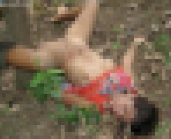 【レ●プ死体】5人に集団レ●プされて正常位のまま死んでる女の子・・・
