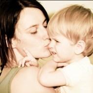 【閲覧注意】歩ける様になったばかりの息子を轢き殺された母親の反応・・・
