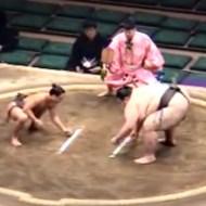 【衝撃:スポーツ】大相撲史上、最も体重差のある対戦がおもしろいwなんと191kg!!