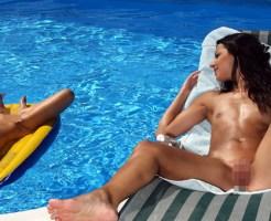 【エロ画像】ヌーディストビーチで巨乳の女の子だけを追跡してみた(画像32枚)