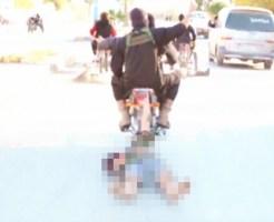 【閲覧注意】ISISにリンチされバイクに繋がれて晒し者にされるシリア兵士