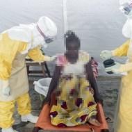 【閲覧注意】死者2000人以上・・・女性がエボラで死ぬまで(20枚)