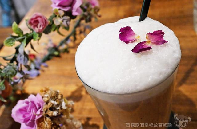 [台北] 花疫室|女孩拍照的秘密基地!乾燥花咖啡廳 IG熱門打卡文青小店