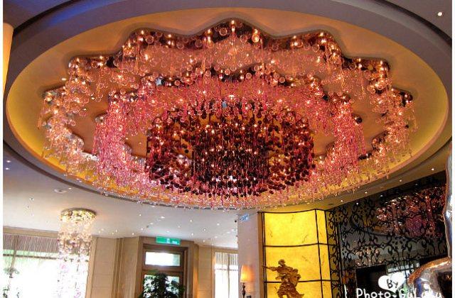 【台北】這紫色水晶燈也太太太…太閃了吧!怡亨酒店下午茶(葷素