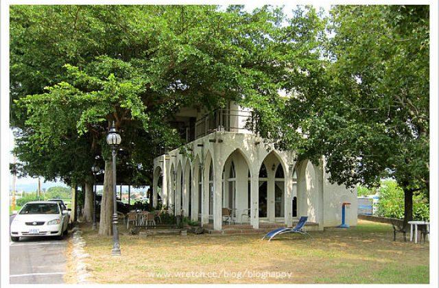 [南投] 草屯「60號咖啡館」稻田中的大房子 (葷素