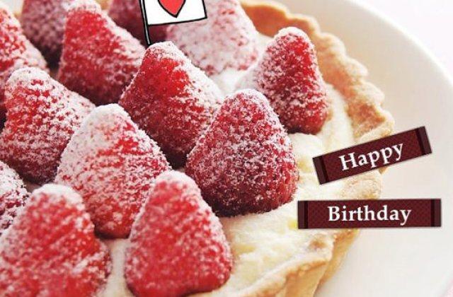 露露廚房奮鬥記 ▌華麗甜點初挑戰!綿密的奶油霜內餡~草莓派