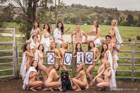 アダルト画像3次元 - 学生による裸体カレンダーがエろい【8枚】