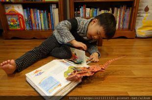 讓小小孩眼睛發亮的超級恐龍立體書●Encyclopedia Prehistorica Dinosaurs●