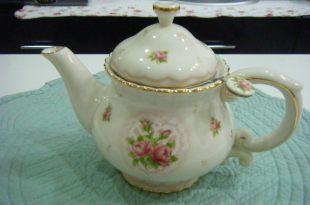鄉村童話玫瑰茶壺入手
