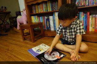 ●USBORNE My Very First Spce Book●適合小小孩的第1本外太空幼兒百科