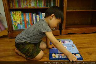 同大爺書報●Peppa Pig Pirate Island●讓孩子更愛聽故事的粉紅豬音效書