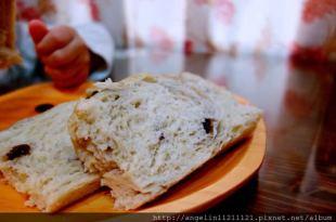 [甜點筆記]  蒸的麵包●焦糖香蕉麵包●比免揉麵糰更簡單的方法