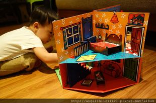 同大爺書報●Maisy's House and Gardin波波的家●十足難忘的立體書屋