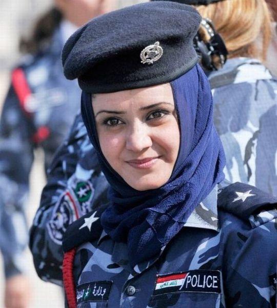 警察で女の子