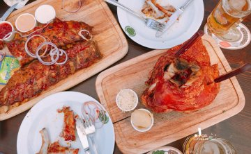 [奧地利-維也納美食餐廳]傳統料理豬肋排Salm Bräu 自釀啤酒 推薦 ♥ 小Connie愛夢遊。 食記遊記
