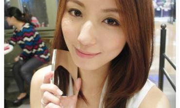<彩妝>超水感保溼粉餅+完美光澤感修片粉底! Lancôme。