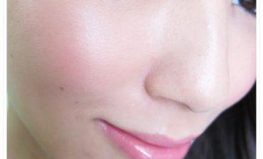 <彩粧>給你絕美光澤的雙頰。心機真型捲心頰紅。