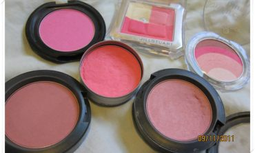 <影音>愛用的粉色系腮紅分享&腮紅刷法教學。