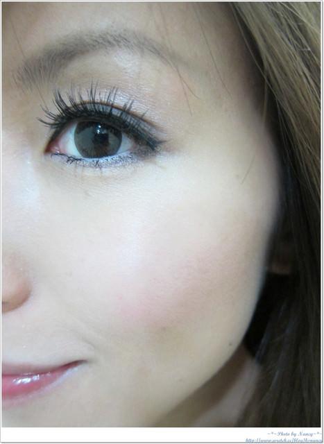 <影音>假睫毛黏貼教學+最近愛用3款假睫毛分享