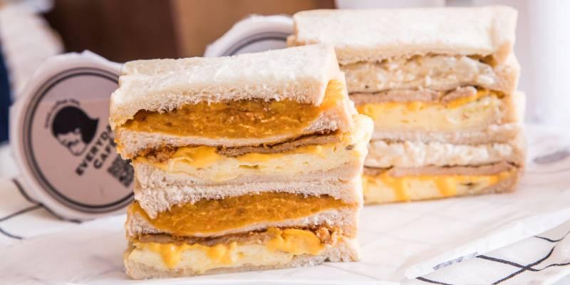 [新北永和]中永和排隊早餐名店,上班遲到都要買!超豐滿爆料三明治!EVERYDAY CAFE-永和頂溪店