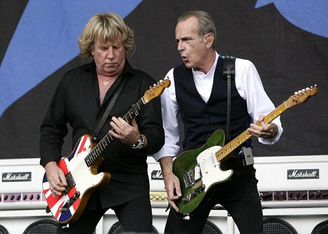 Status Quo's Rick Parfitt and Francis Rossi 
