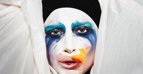Lady Gaga新MV造型搶眼