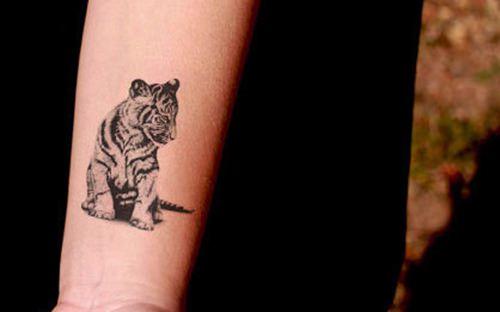小松鼠纹身图案分享展示