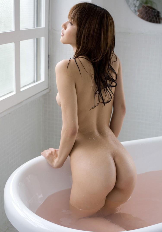 【ヌード画像】ムチっとしたプリっとしたヌードモデルらの綺麗なお尻で昇天w(35枚) 10