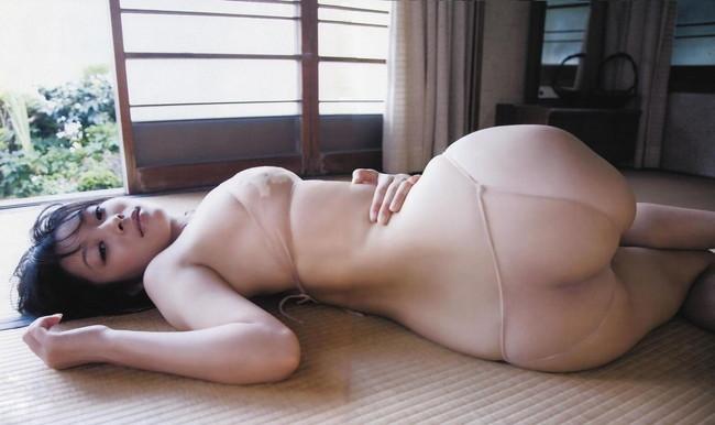 【ヌード画像】畳の上で素肌をさらす女の子が妙にそそるw(30枚) 01