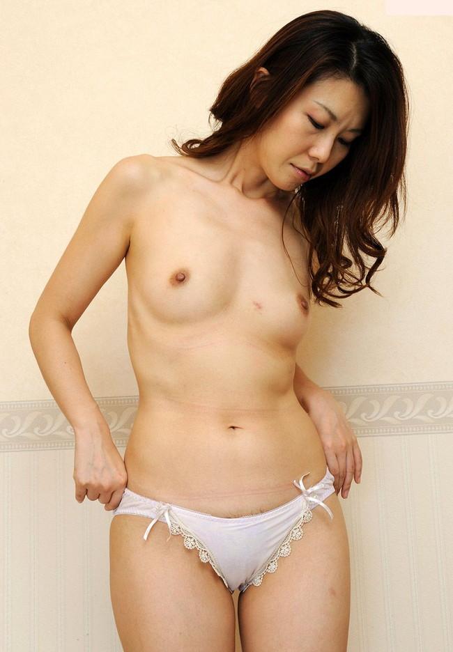 【ヌード画像】熟女の美しさが奇跡の領域w(30枚) 05