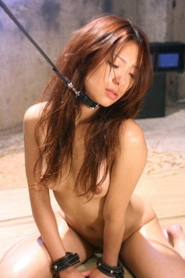 【ヌード画像】首輪つき女の子たちを雌犬扱いしたいw(34枚) 29