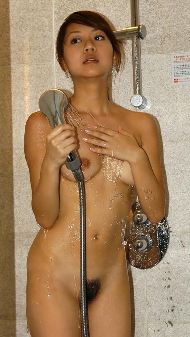 【ヌード画像】シャワーを浴びている美少女たちに心が洗われるようですw(35枚) 04