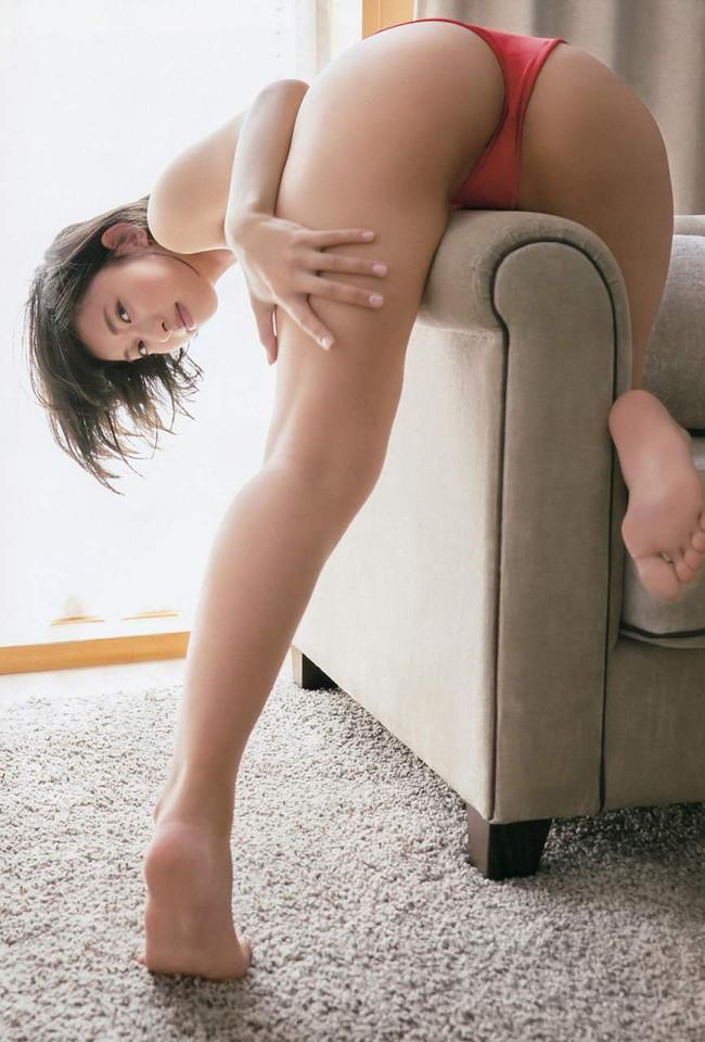 【ヌード画像】尻ドル倉持由香のセクシーセミヌード画像(33枚) 26