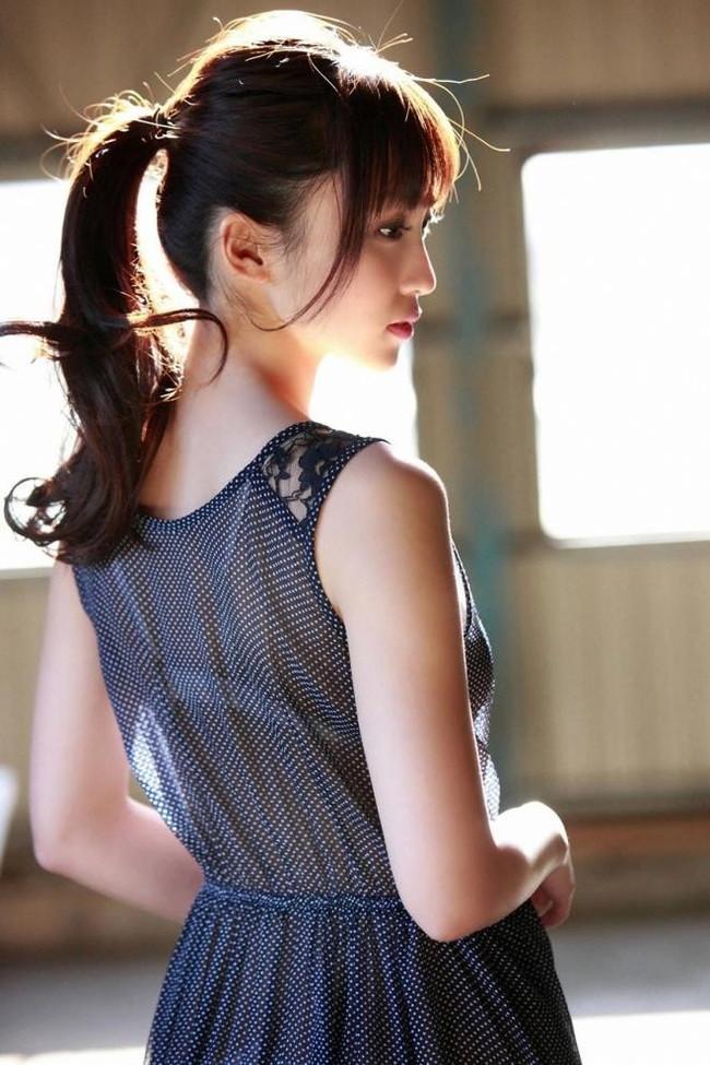 【ヌード画像】ポニーテール美少女が魅力的すぎて勝てる気がしないw(31枚) 31