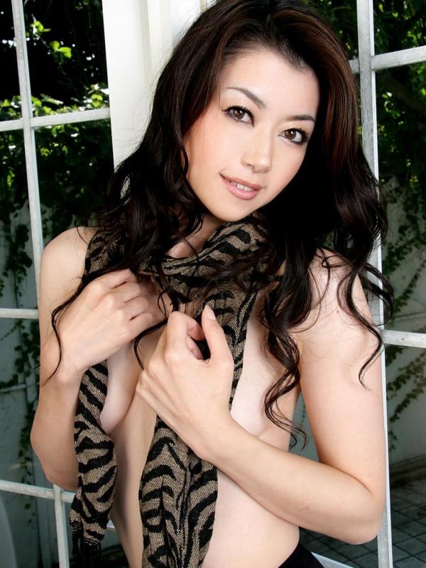 【ヌード画像】美熟女セクシー女優、北条麻妃の妖艶な裸体(30枚) 14