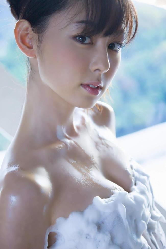 【ヌード画像】泡ブラ美少女エロすぎ抜いたw(31枚) 07