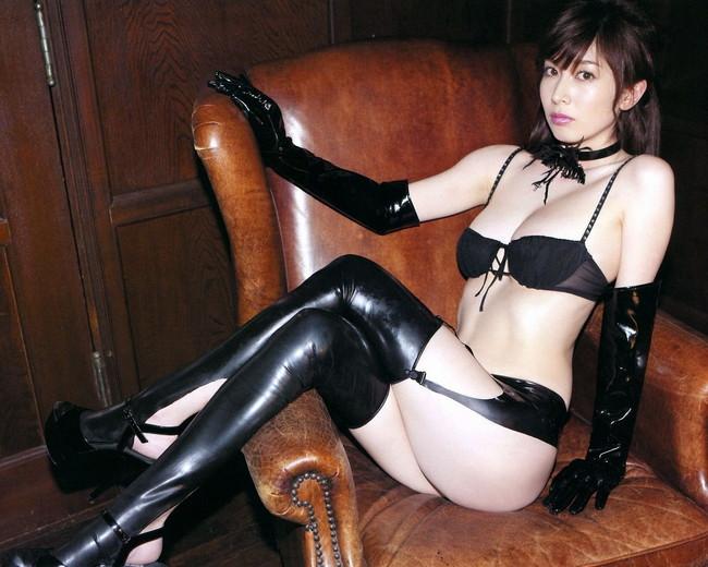 【ヌード画像】女王様ファッションの美女に罵ってもらいたいw(30枚) 12
