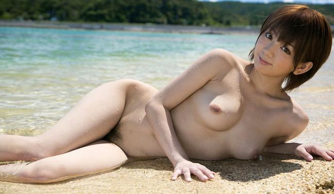 【ヌード画像】南の島の美少女たちが解放的スギw(30枚) 21