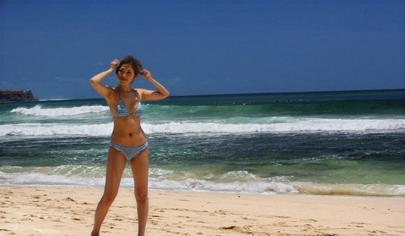 【ヌード画像】南の島の美少女たちが解放的スギw(30枚) 26
