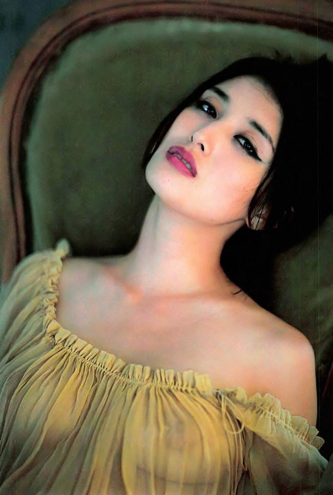 【ヌード画像】愛人にしたい女NO.1!橋本マナミのセミヌード画像(30枚) 13