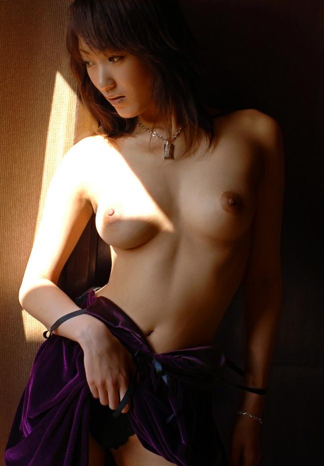 【ヌード画像】大人の色気たっぷり!むらさき真珠のヌード画像(31枚) 29