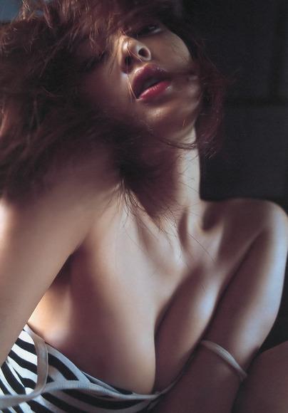 【ヌード画像】池田夏希のセクシーグラビアが熱い!(34枚) 17