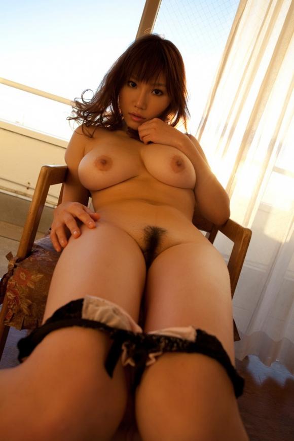 【ヌード画像】パンツ脱ぎかけお姉さんに誘惑されたいw(34枚) 25