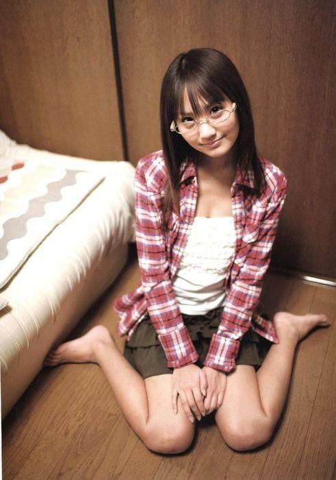 【ヌード画像】裸であひる座りしている女の子が可愛いw(33枚) 14