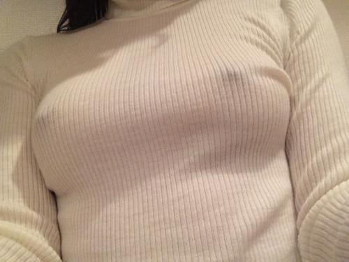 【ヌード画像】巨乳女がセーターを着た結果w(32枚) 04
