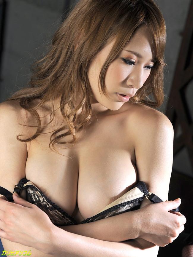 【ヌード画像】セクシー女優たちが魅せるパーフェクトボディ!(32枚) 02