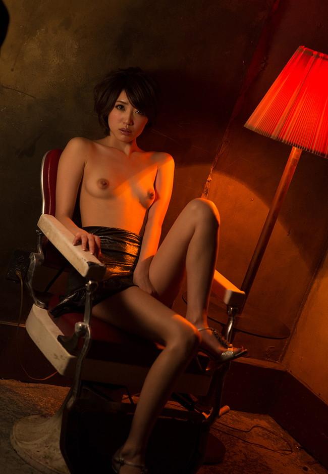 【ヌード画像】優希まことのスレンダーで美肌な裸体が色っぽいw(32枚) 06