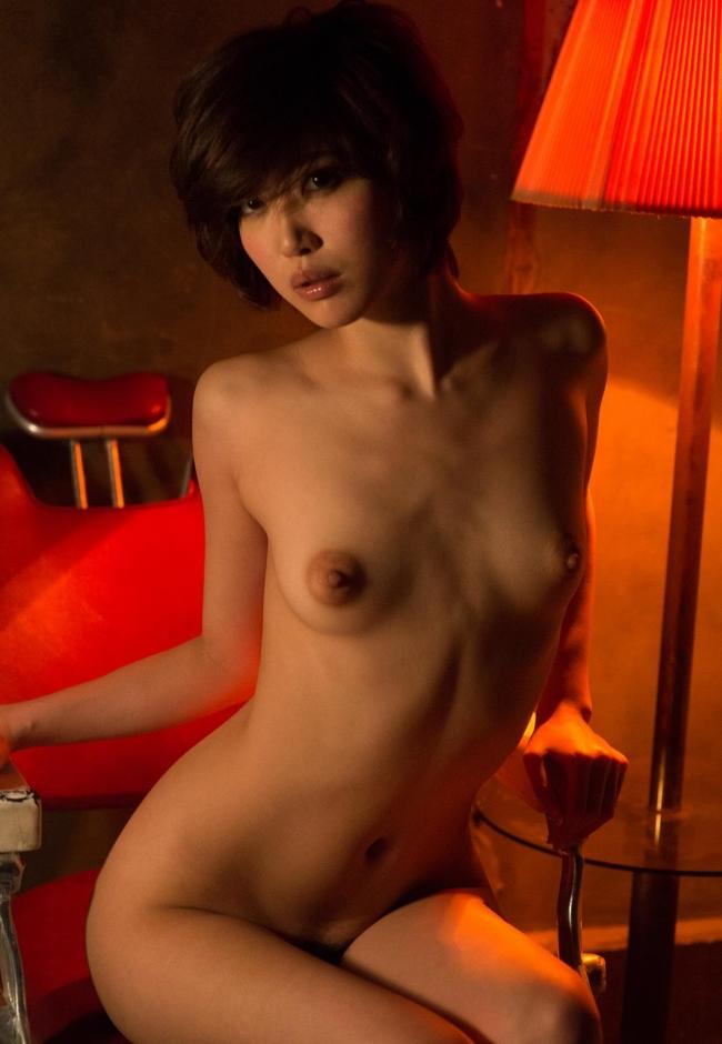 【ヌード画像】優希まことのスレンダーで美肌な裸体が色っぽいw(32枚) 29