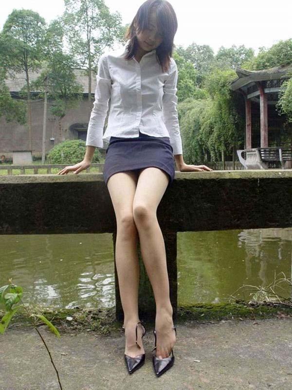 【ヌード画像】エロさと美しさを兼ね備えた脚線美の魅力(32枚) 06