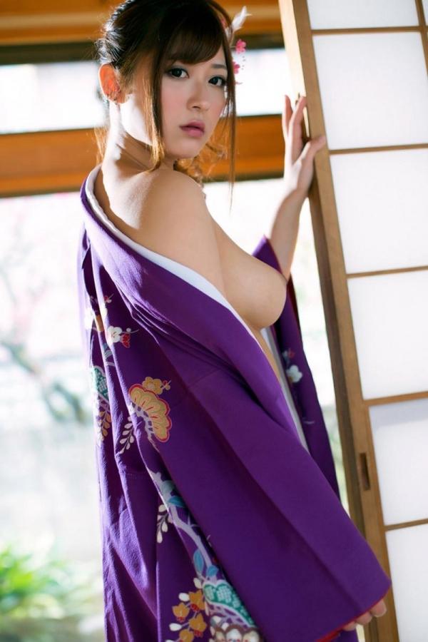 【ヌード画像】さとう遥希のムッチリボディなエロ画像(31枚) 16